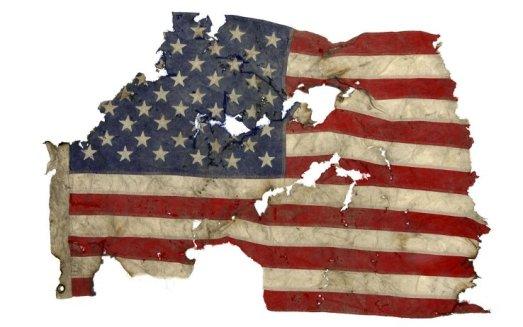 11_settembre_bandiera_world_trade_center_ansa